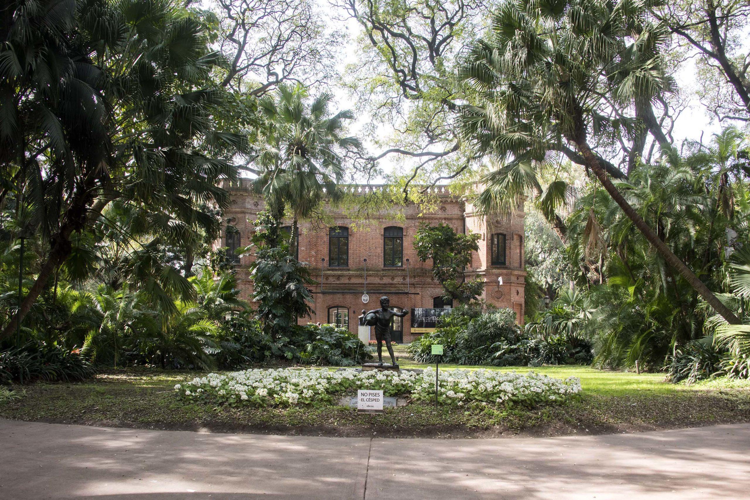 Día de los enamorados: cinco espacios verdes para festejar en pareja