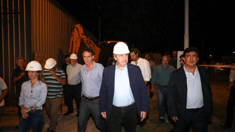 El presidente Alberto Fernández recorrió anoche el Hospital Favaloro de La Matanza