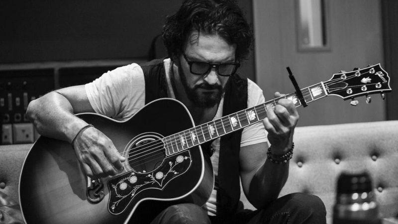 """""""El Blues de la Notoriedad"""" el nuevo video clip de Ricardo Arjona"""