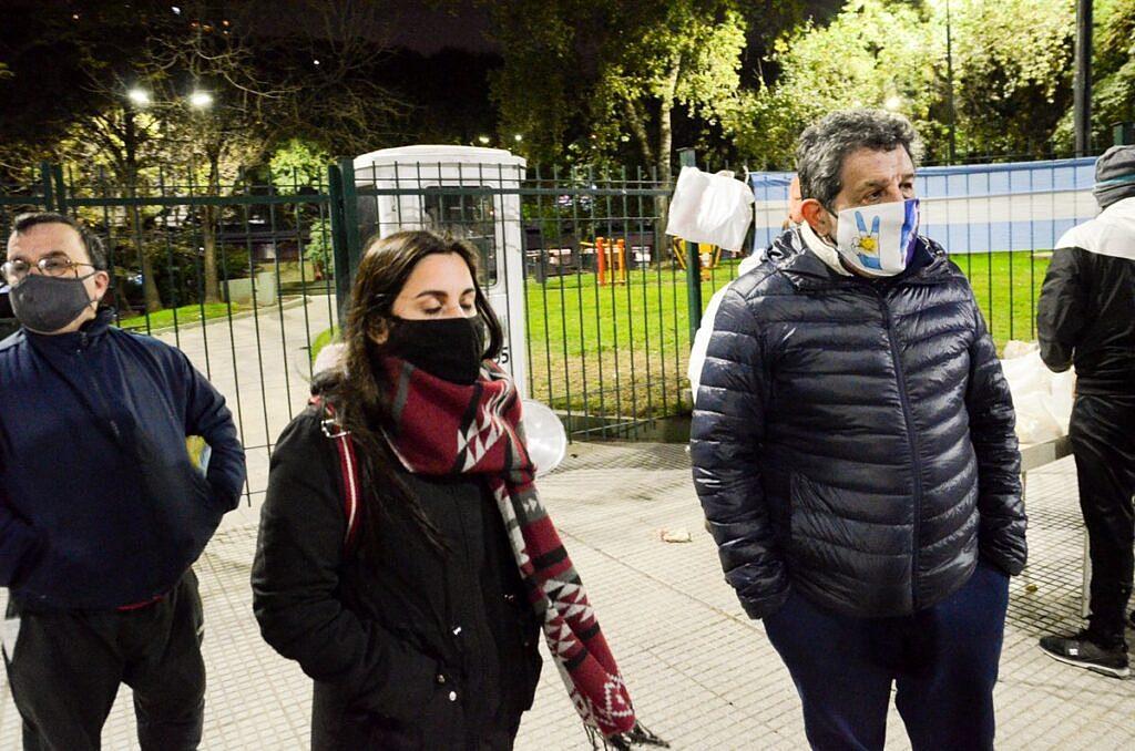 ¡Los hermanos sean unidos! El Centro Cultural Martín Fierro y Caprichosos de San Telmo brindan su mano solidaria a los vecinos
