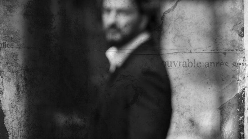 """""""El Invisible"""" el nuevo video de Ricardo Arjona"""