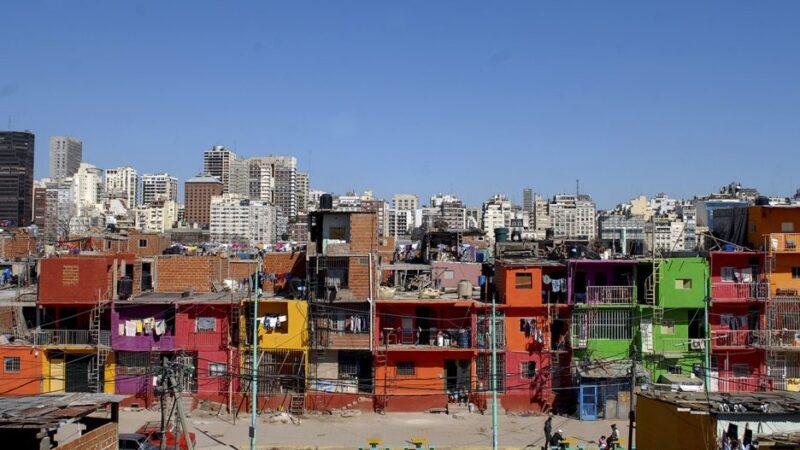 Crean el programa Argentina Unida por la Integración de los Barrios Populares