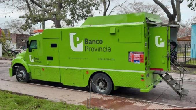 Banco Provincia: instala más cajeros automáticos y móviles en el conurbano