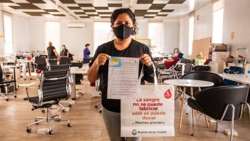 Luego del pico de casos, se organizó la primera campaña de donación de sangre y plasma en el Barrio Mugica (ex Villa 31)