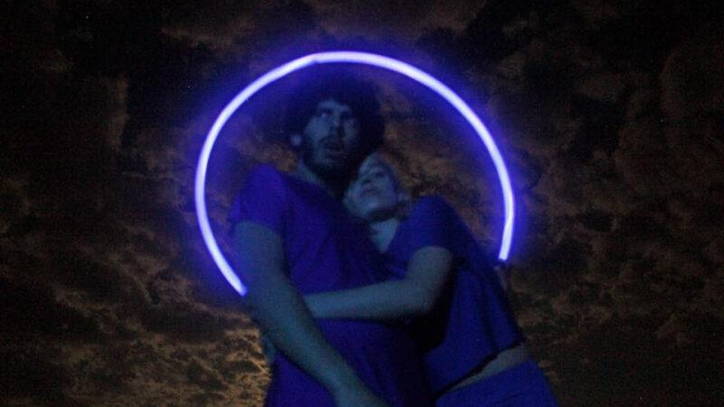 """Fransia lanzó """"Ciencia Ficción"""" que relata una historia de amor y metafísica"""