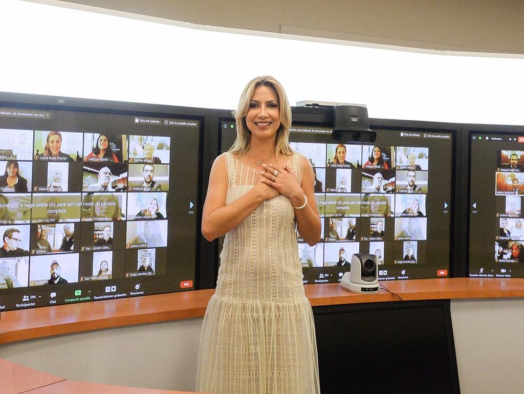 """Fabiola Yañez, reconoció como """"verdaderos patriotas"""" la labor en los comedores comunitarios"""