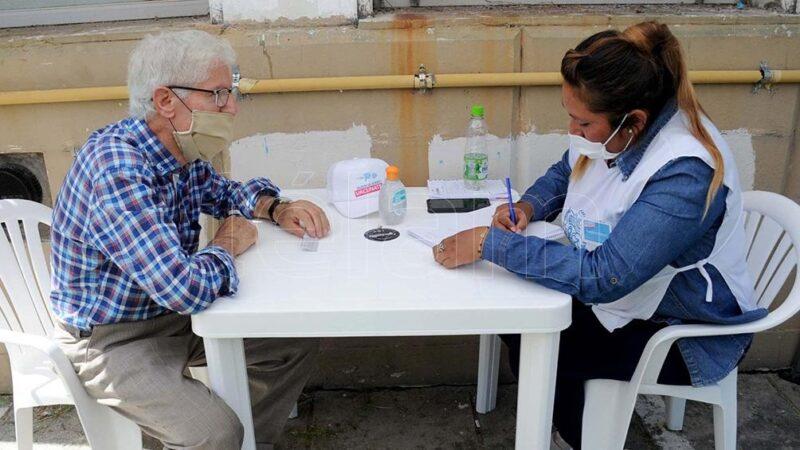 Vacunación en la ciudad de Buenos Aires: arranca la inscripción de los mayores de 80 años