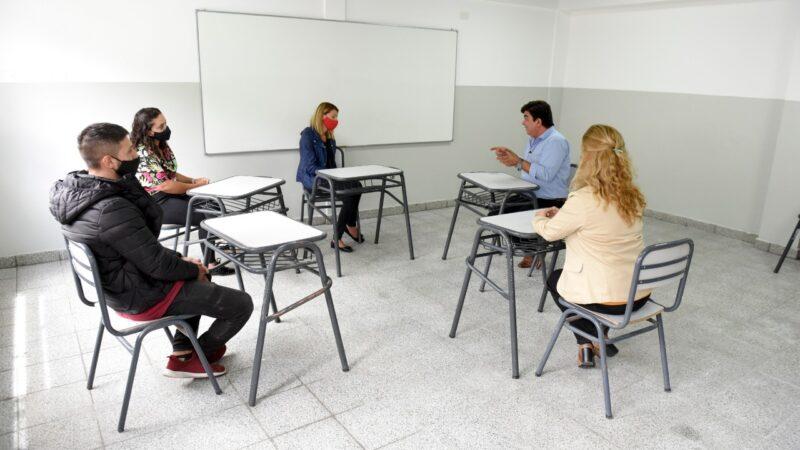 """Fernando Espinoza: """"Esta inversión representa la transformación de la educación en La Matanza"""""""