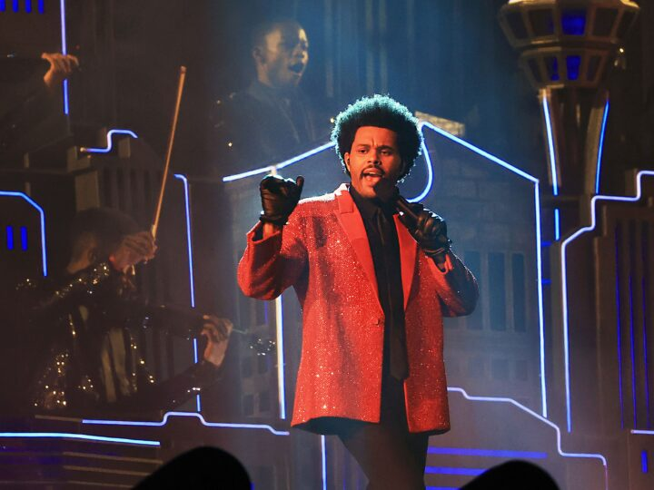 Givenchy viste a The Weeknd para el 55 Super Bowl Halftime Show