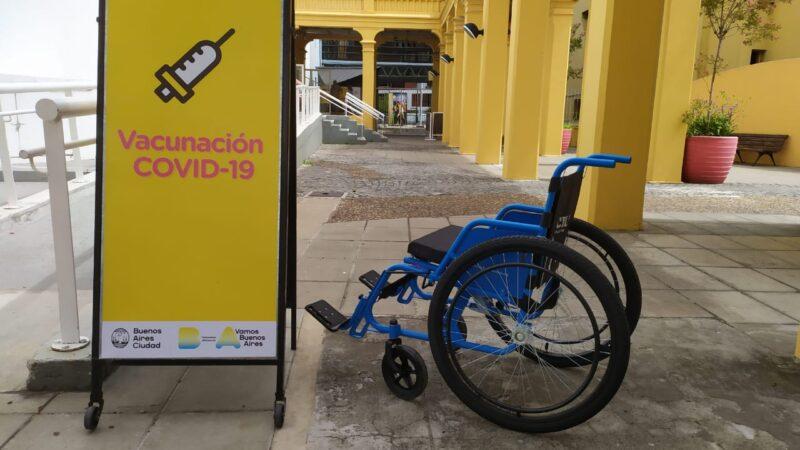 CILSA donó 60 sillas de ruedas para los 29 centros porteños de vacunación contra el COVID-19