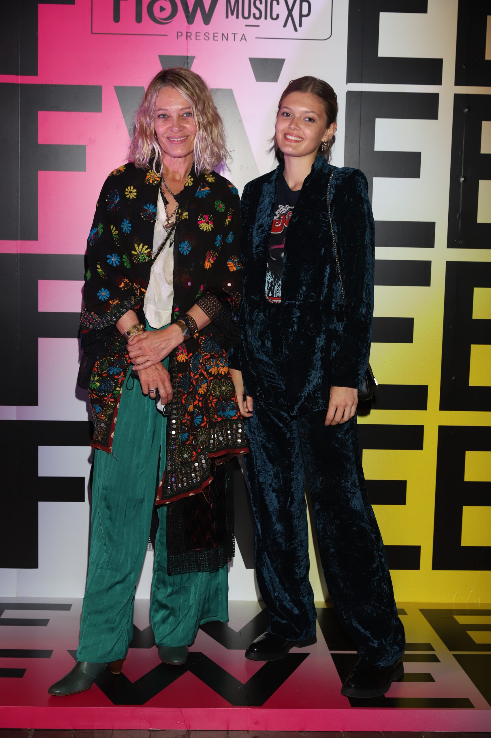 Sol Acuña y Zuzu Coudeu en el Buenos Aires Fashion Week 2021