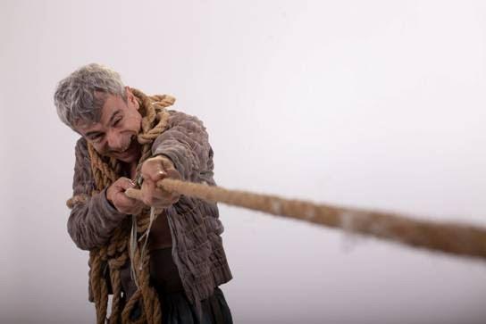 """""""Magallanes.0"""" de Jeroni Obrador desembarcó en el Teatro Payró"""