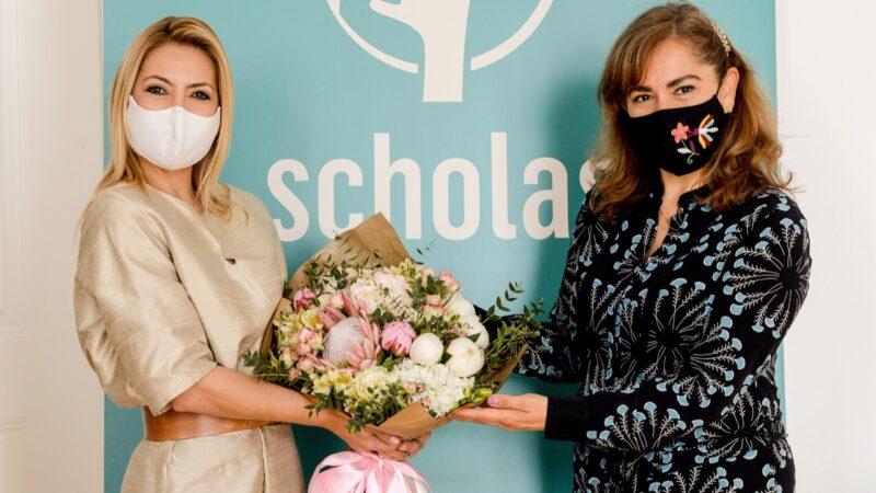 Fabiola Yáñez, en Portugal, encuentro con Scholas ocurrentes