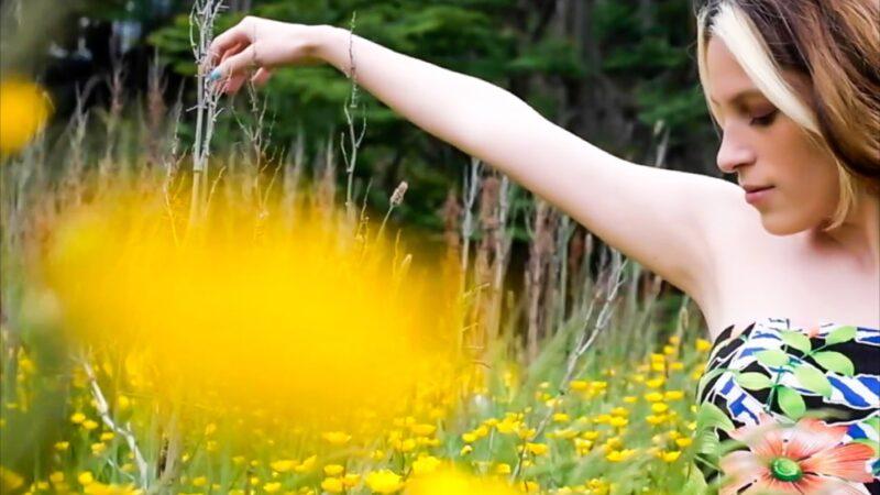 """Vozenoff lanza su nueva canción """"Mil Flores"""" disponible en todas las plataformas digitales"""