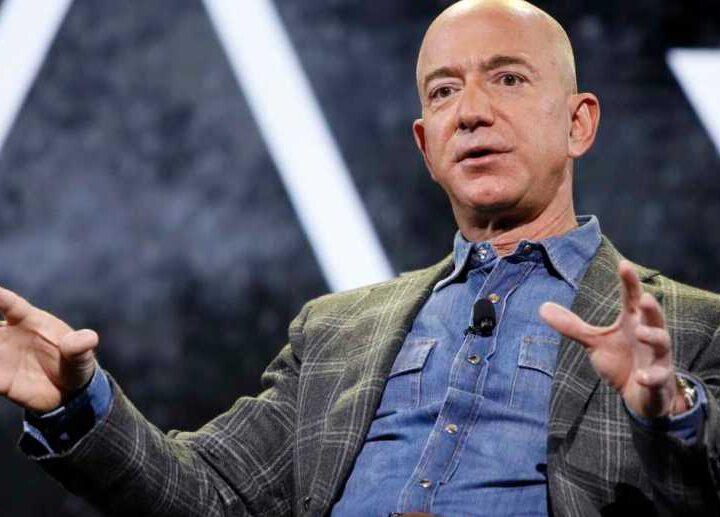 Jeff Bezos, fundador de Amazon, anunció que viajará al espacio el 20 de julio