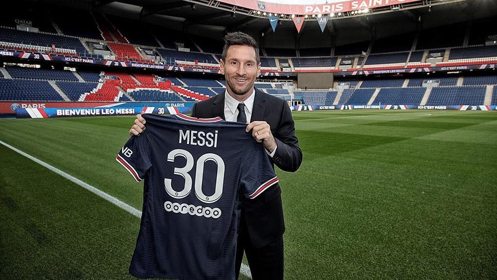 """Messi, en su presentación en el PSG: """"Estoy muy feliz, con muchísimas ganas e ilusión"""""""