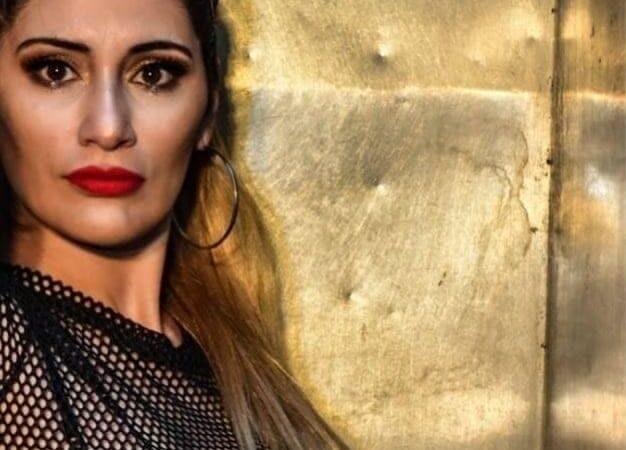 YSK la artista argentina que trabaja en el peaje y gira cantando cumbia urbana por el país presenta  Tranquila